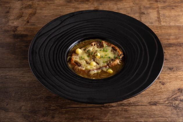 法式焗烤洋蔥湯 3